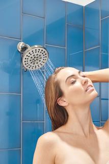 PTT14223-BN_MODEL_WATER_WEB.jpg